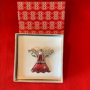 Jewelry - Angel Brooch 😇 Gift Box NIB